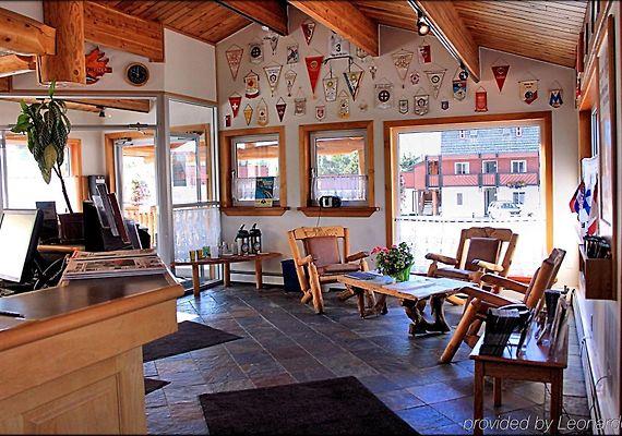 Rocky Mountain Ski Lodge Canmore